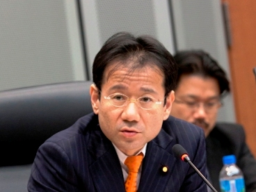 Kan Suzuki (Member, House of Councillors, Former Senior Vice Minister of Education, Culture, Sports, Science and Technology, The Democratic Party of Japan)