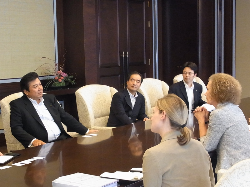 Idea Exchange Meeting with Helen Evans (GAVI Alliance CEO), Suzuki Shigeharu (Chairman of Daiwa Securities Group), and HGPI