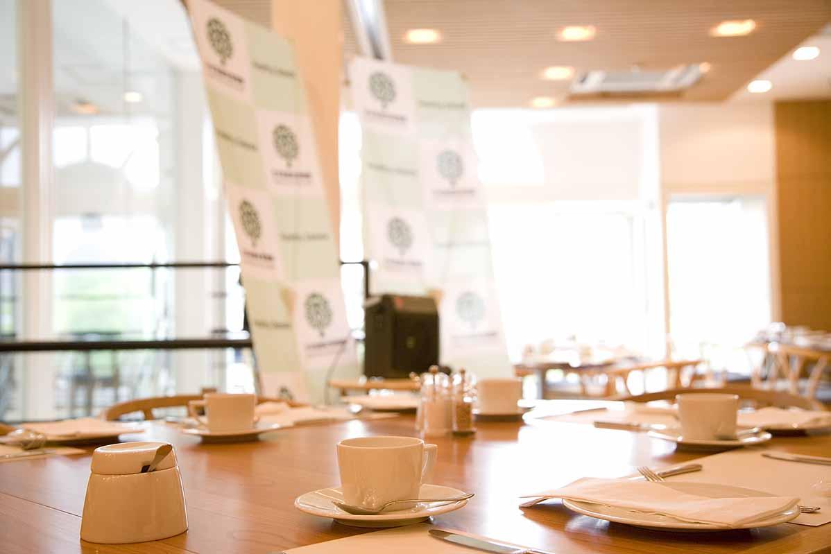 【申込終了】第72回定例朝食会「女性の活躍と健康経営~職場における女性の健康増進の取り組み~」(2018年9月6日)