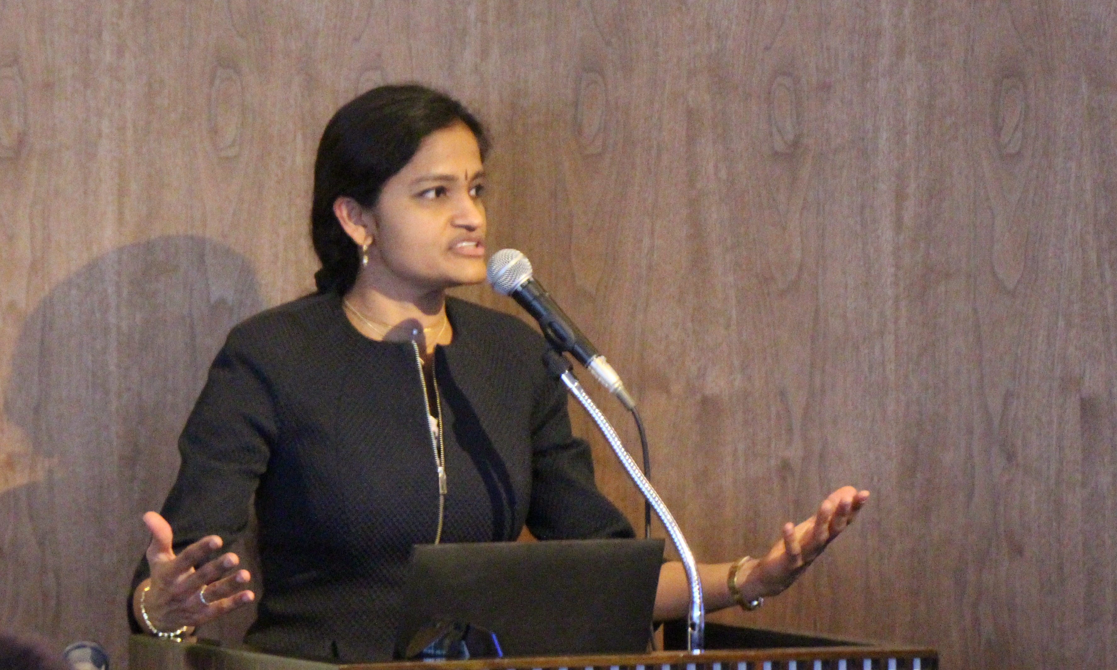 【開催報告】第34回特別朝食会「Access to Medicineインデックス2016」 Jayasree K. lyer氏(2016年11月24日)