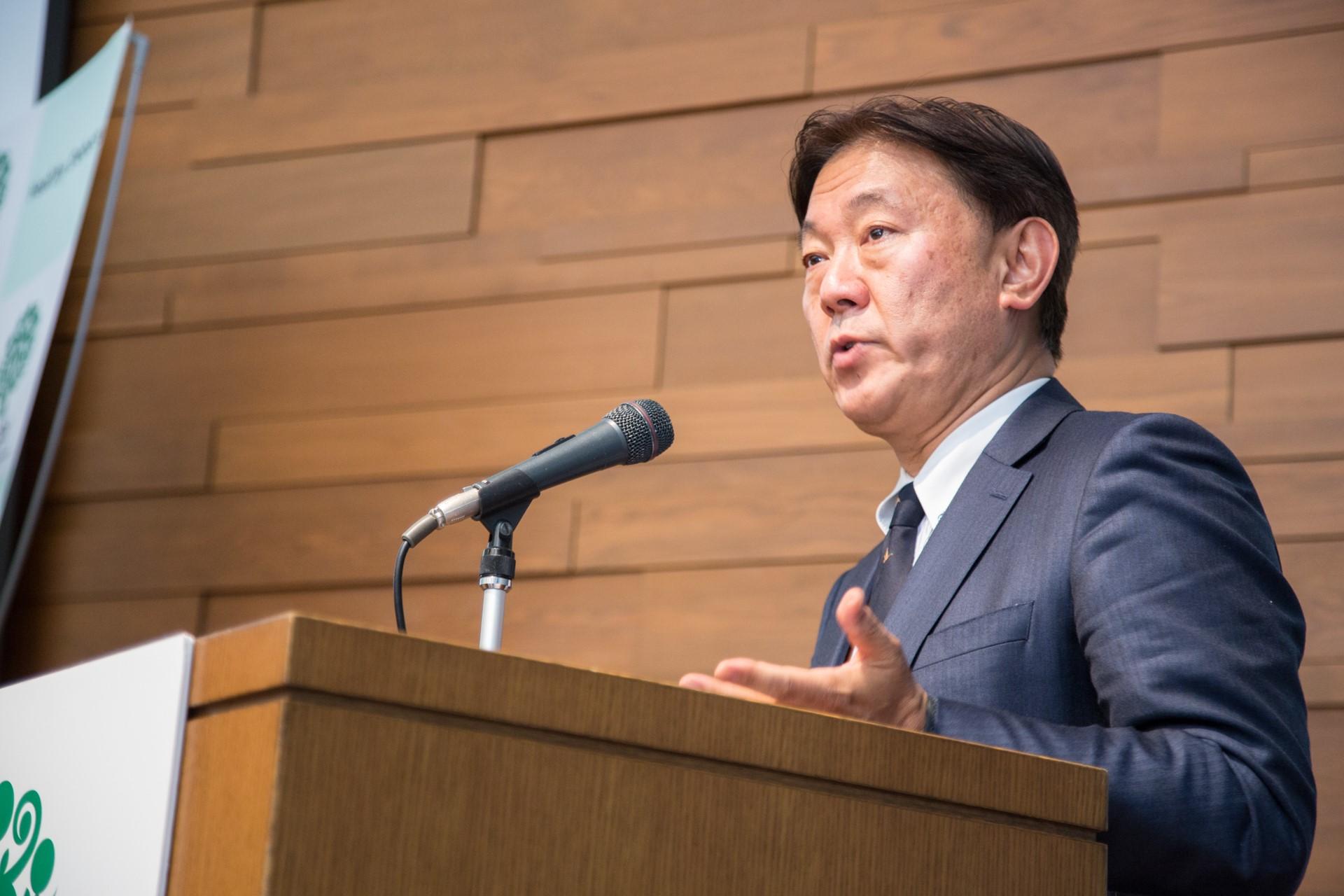 基調講演I「イノベーションと持続可能性:日本の挑戦」 鈴木康裕(厚生労働省保険局長)